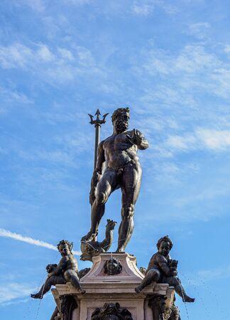 Fountain of Neptune, Piazza del Nettuno, Bologna, Emilia-Romagna, Italy 写真素材 - 127603160