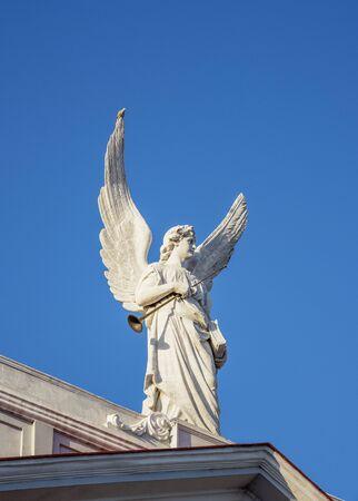 Angel Sculpture at Nuestra Senora de la Asuncion Cathedral, Santiago de Cuba, Santiago de Cuba Province, Cuba 免版税图像