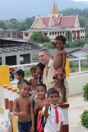 bambini poveri: I bambini poveri, la Cambogia.