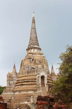 Wat Phra Si Sanphet Buddhist temple ruins in Ayutthaya, Thailand  photo