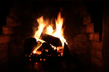log fire: Login fuoco in inverno, Yorkshire, Inghilterra