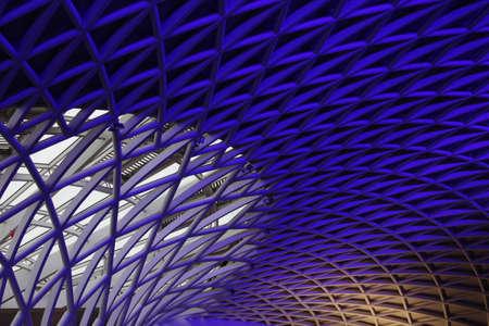 perspectiva lineal: Fondo geométrico angular Azul, Inglaterra.