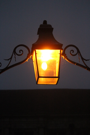 edwardian: Gas Street Lighting on A Foggy Winters Night.