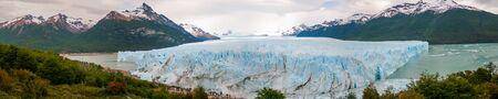 Panoramic view of the Glacier Perito Moreno, Calafate, Argentina