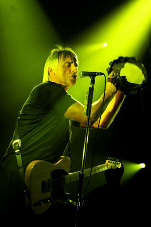 Paul Weller live at the Bournemouth International 28 November 2010  Centre