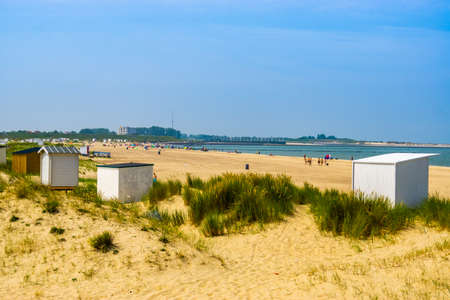 The sand dunes of Breskens with cottages and view on the touristic beach, Zeeland, The Netherlands 版權商用圖片