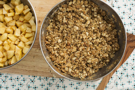 apple crumble: Filling and topping for apple crumble