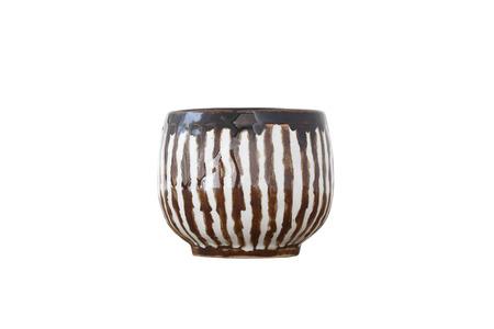 Tazza in ceramica isolato su sfondo bianco