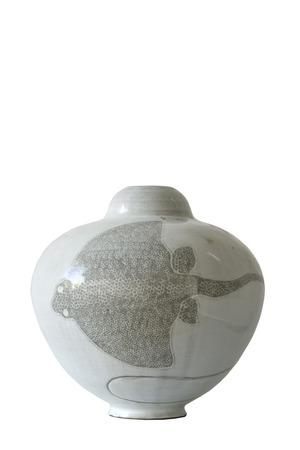 Antico vaso di ceramica isolato su sfondo bianco Archivio Fotografico