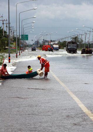 severe flood problem in Lopburi Thailand Stock Photo - 10900489