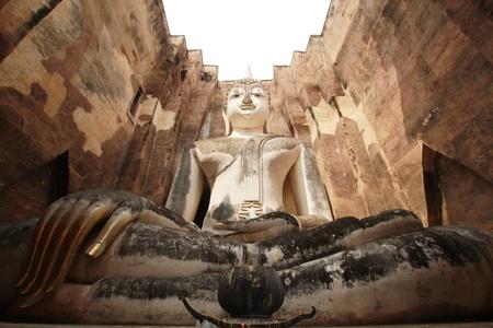 buddha statue at wat srichum sukhothai Stock Photo - 13108369