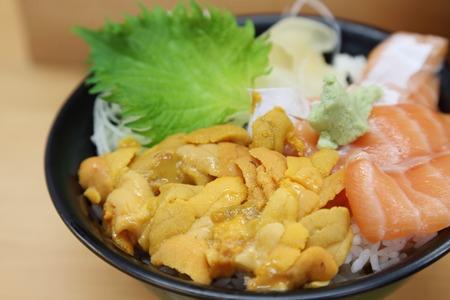 uni: fresh uni or sea urchin with salmon don