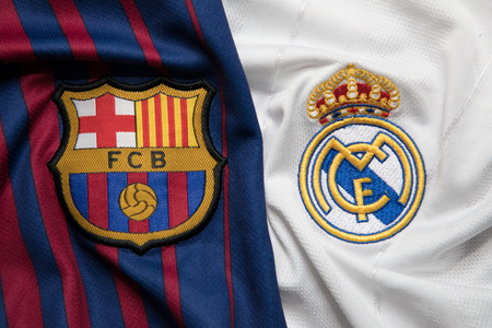 BANGKOK, THAILAND - OCTOBER 23: The Logo of Barcelona and Real Madrid on Football Jerseys on October 23 ,2017  in Bangkok Thailand. Publikacyjne