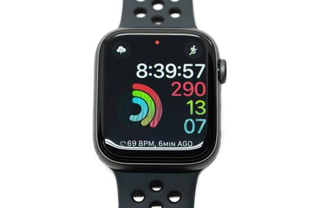 BANGKOK, THAILAND - NOVEMBER 11 : View of Apple Watch 4 Nike Edition which just Launched this Month on November 11, 2018 Editoriali