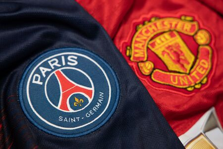 BANGKOK, THAILAND-DECEMBER 18, 2018 : PSG Paris Saint Germain and Manchester United Logo on the Jersey on December 18,2018. Both of them will face each other in UCL Knock Out 報道画像