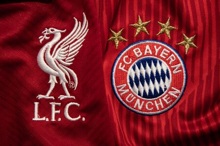 BANGKOK, THAILAND - DECEMBER 18 : Liverpool and Bayern Munich Logo on the Jersey on December 18, 2018. Both of them will face each other in UCL Knock 報道画像