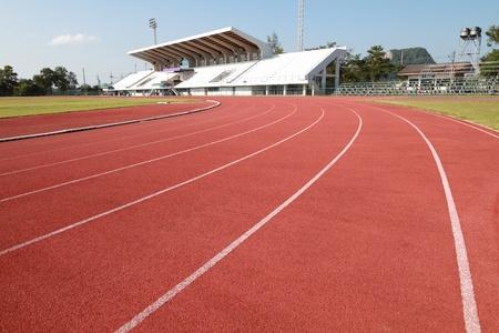 pista de atletismo: Detalle de la nueva pista de atletismo Editorial