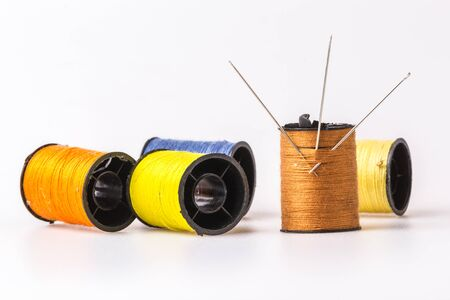 wor: Three needle embroidery sewing thread rolls