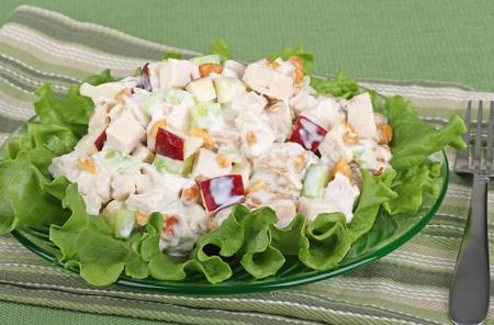 carne de pollo: Ensalada de pollo con piezas de apple de lechuga