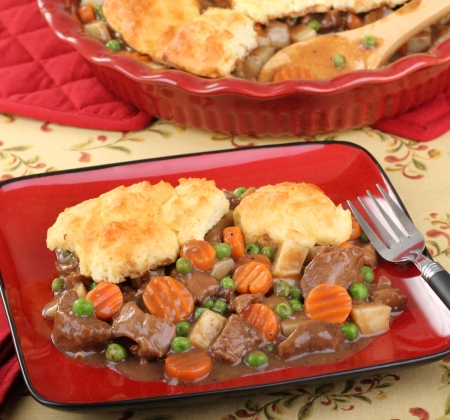 Beef pot pie meal with carrots; potatoes; and peas Stock Photo - 16728381