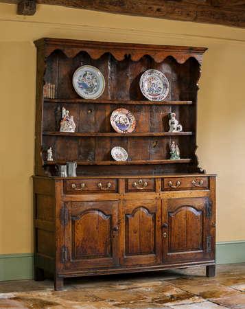 muebles antiguos: hecha mano de edad antigua y roble tallado Inglés cómoda cocina de madera