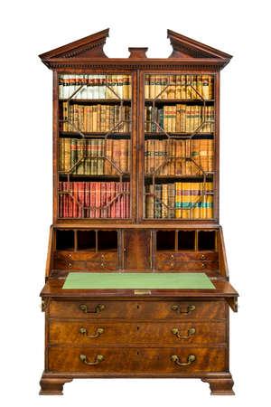 Schönes altes hölzernes Bücherregalbüro geöffnet lokalisiert auf einem weißen Hintergrund.