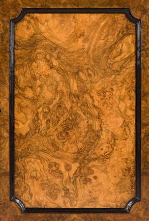 Old walnut door panel close up beautiful colour and look 免版税图像 - 132099029