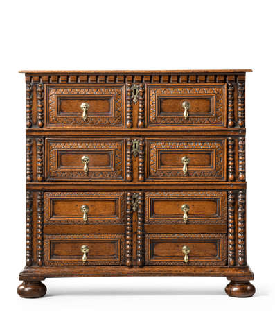 old antique European chest of drawers 免版税图像 - 137420904