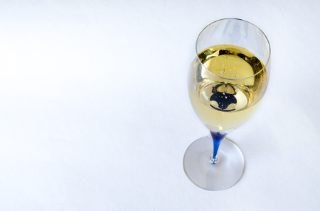Isolated glass of white wine Banco de Imagens - 26393698