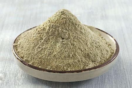 clay: Green clay powder