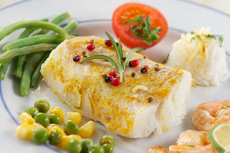 bacalao pad bacalao filete, vapor cocinar, filete de bacalao con curry Foto de archivo