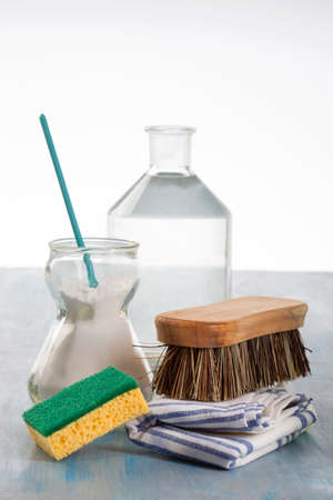 sodium: Eco-friendly natural cleaners Vinegar, baking soda, salt, lemon and cloth Stock Photo