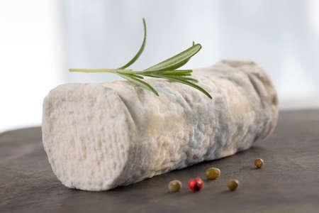 queso de cabra: Variedad de queso de cabra franc�s