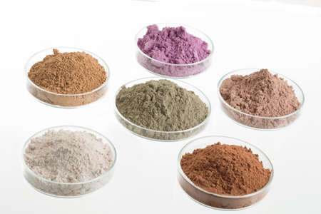 cosmetic clay/: yellow, purple, pink, red, white, green for Spa and bodycare Stockfoto