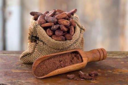 cacaoboon in jute zak