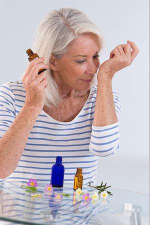 olfato: Herbal Medicina, Mujer