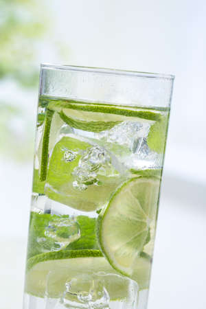 sparkling water: lime slice in sparkling water