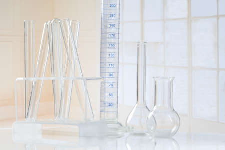 cristaleria: Laboratory glassware Test-tubes  and several glass object