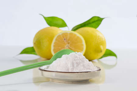 sodium bicarbonate: baking soda sodium bicarbonate and lemon for many uses