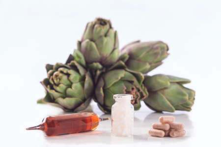 extract: Artichoke leaf extract capsules. and Dietary supplements