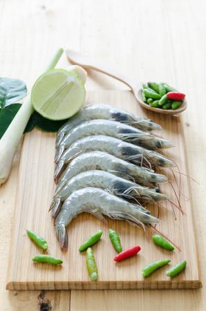 tom': Tom yum, Thai spicy shrimp soup ingredient