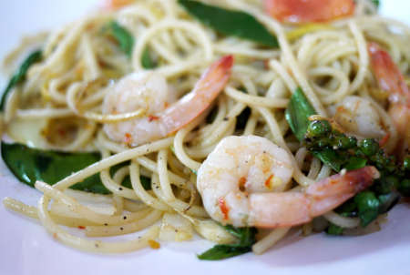 hot and spicy spaghetti with prawn