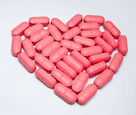 heart shaped pills Stock Photo - 17343061