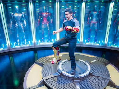 Iron Man 3 figurine display of Tony Stark
