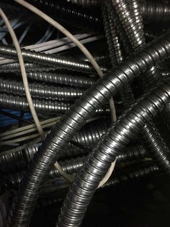 провода: Гофрированная труба для кабеля