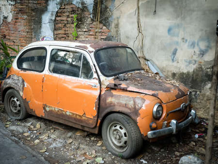 olds: Old wrecked car background