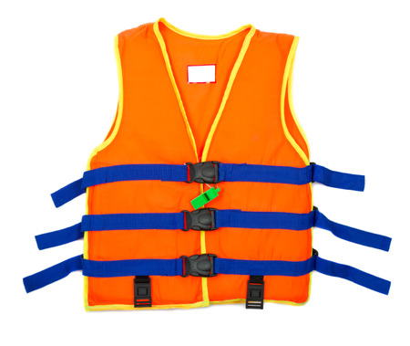 Orange Rettungsweste mit weißem Hintergrund