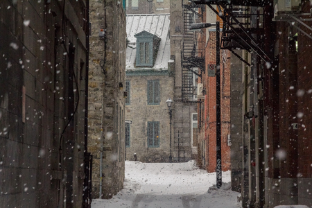 impasse: Dead-end in Old-Montreal in winter under the snow