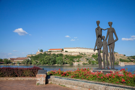 massacre: NOVI SAD, SERBIA - JUNE 11, 2017: Monument dedicated to the victims of the Shoah in Serbia in front of the Petrovaradin Fortress, one of the main landmarks of Novi Sad  Monument dedicated to the victims of the Holocaust in front of Petrovaradin Fortress i
