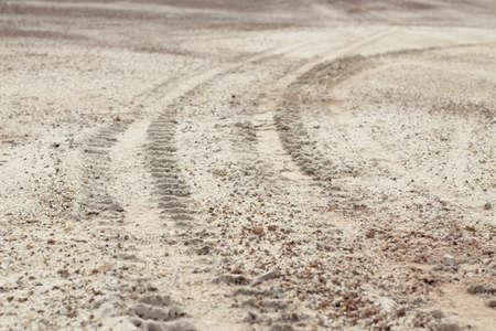 4 wheel: 4 ruedas pistas detalle en terreno Foto de archivo